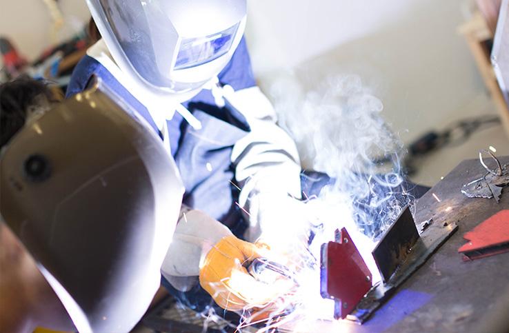 溶接DIYの基礎知識!アークや半自動など溶接器の種類も解説