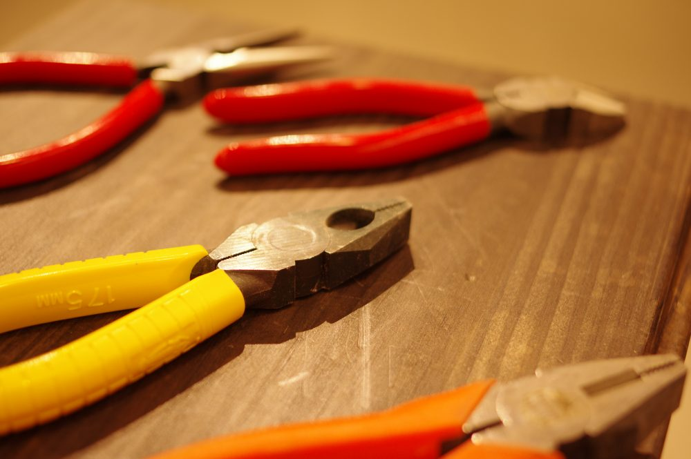 様々な使い方ができるペンチ。どんな時に何を使えばいい?