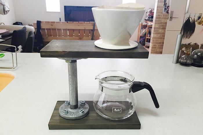 見た目もコスパも最高!ガス管を使ったコーヒースタンドの作り方