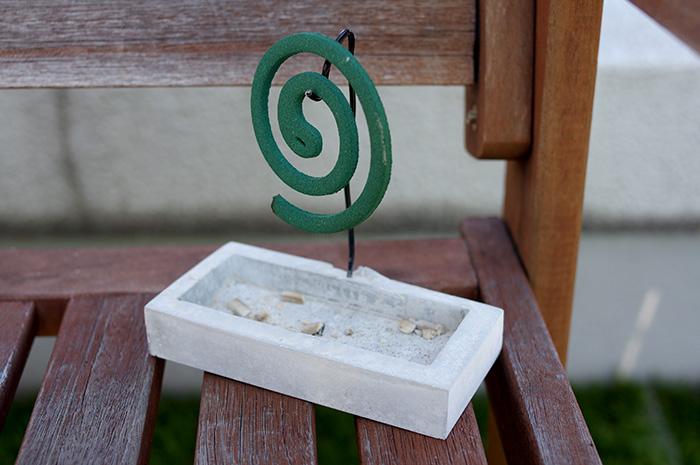 香取線香ホルダーの作り方|モルタルで作るDIYレシピ!