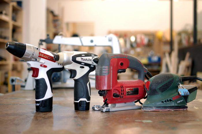 DIYのおすすめアイテム! 電動ドライバー、サンダー、ジグソーの基本