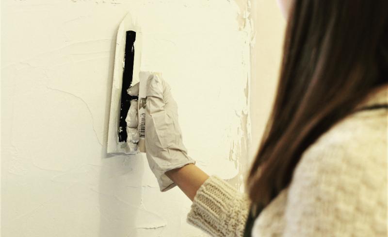 部屋のテイストを決めるのは壁!8/5(土)漆喰壁DIY講座開催。