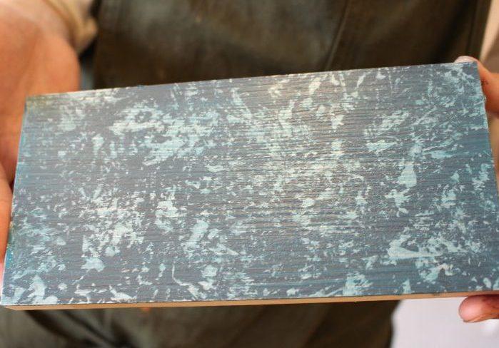 メタリックでファンタジックな雰囲気!ラップ塗装の方法を解説
