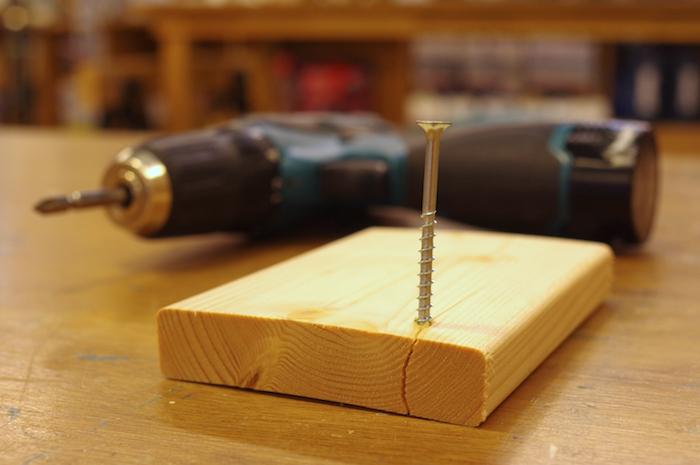 木ネジを打ち込むときに下穴は必要?実は木材によって下穴不要な事もある!