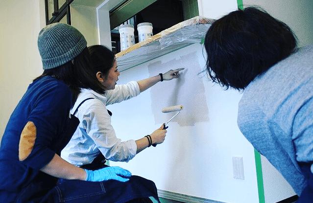 第1弾!実際の部屋で壁DIYを体験してみよう。ウォールペイント編