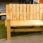 ツーバイフォー材でかっこいいベンチをDIY!図付きで作り方を紹介。