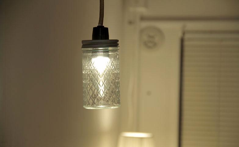 カフェ風ライトが欲しいならメイソンジャーで照明DIY!