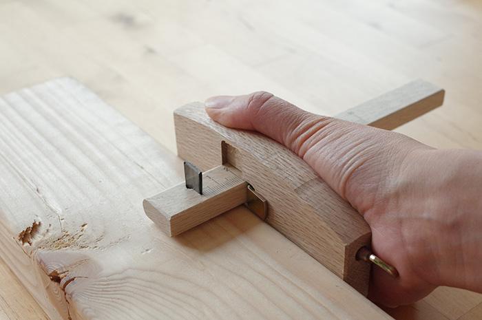 筋罫引き(すじけびき)の使い方/平行に線を引く方法
