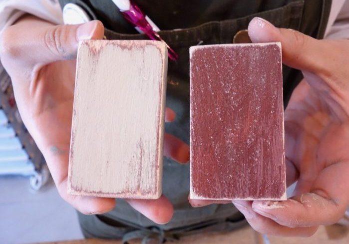 明色と暗色!重ね塗りのアンティーク加工、2つの塗装パターン