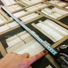 壁紙DIYの前に!絵柄を合わせてキレイに貼るための分量計算方法