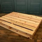 木材パレットで作る?オリジナルベッドキット!